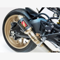 15-18 Yamaha YZF R1...